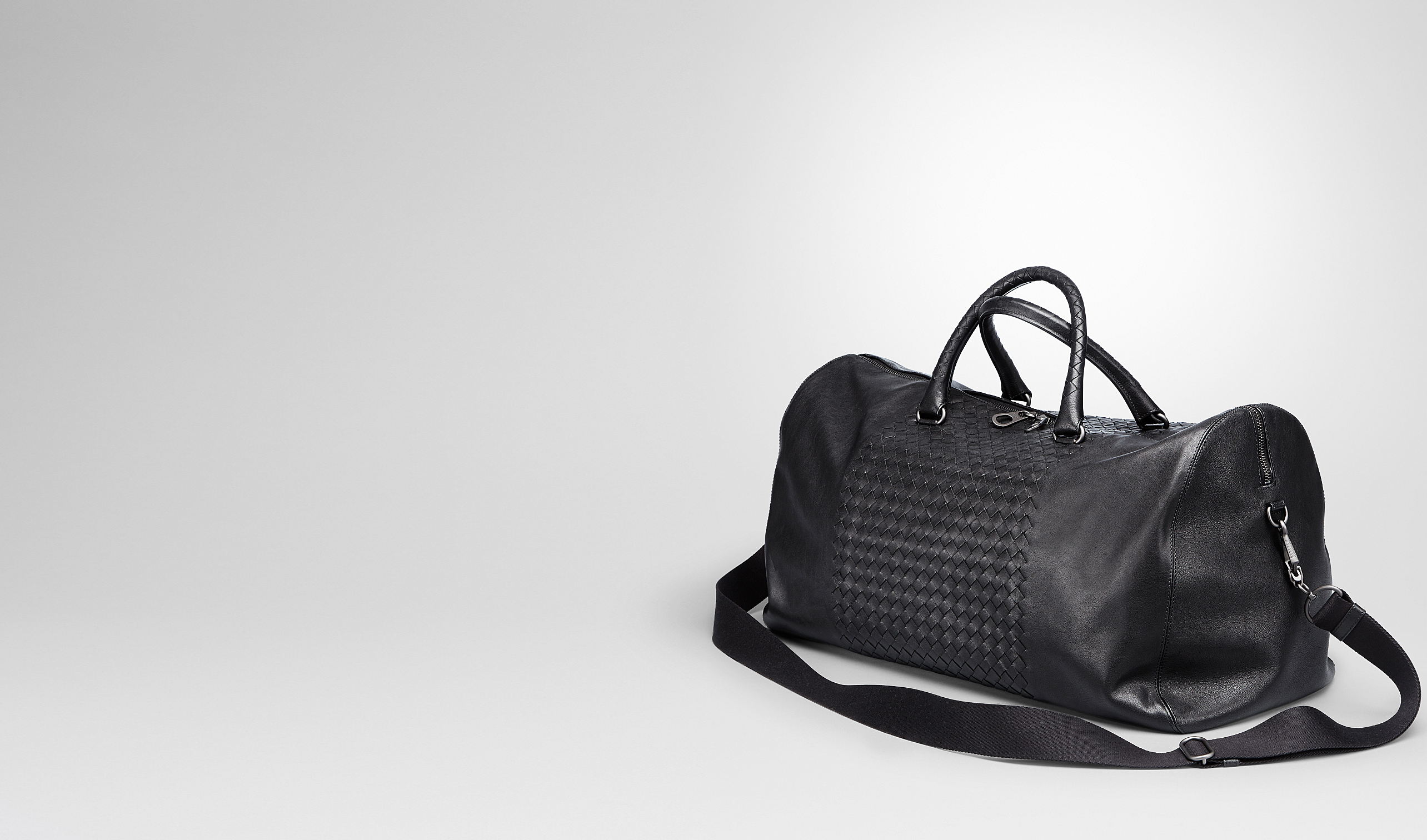 BOTTEGA VENETA Trolley and Carry-on bag U Nero Intrecciato Washed Nappa Duffel bag pl