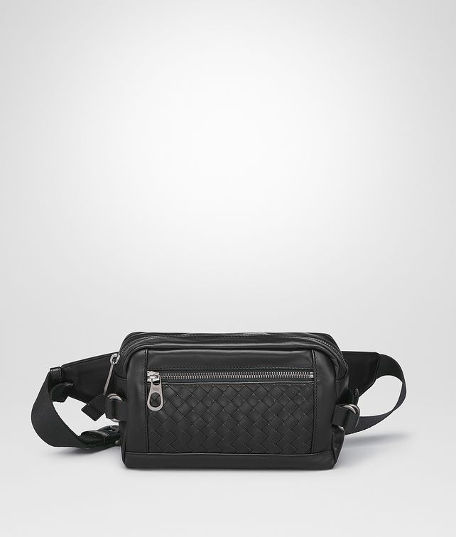 BOTTEGA VENETA BELT BAG IN NERO INTRECCIATO CALF Belt Bag Man fp