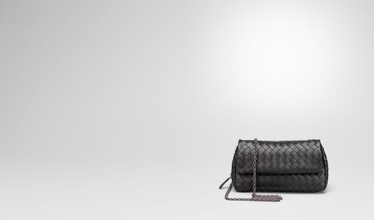 messenger bag in nero intrecciato nappa landing