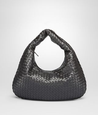 MEDIUM VENETA BAG IN NERO INTRECCIATO NAPPA