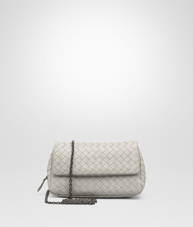 257deee28ffc BOTTEGA VENETA New Sand Intrecciato Nappa Messenger Bag Crossbody and Belt  Bags