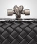 BOTTEGA VENETA STRETCH KNOT IN NERO INTRECCIO IMPERO, AYERS DETAILS Clutch D ep