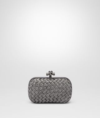 KNOT CLUTCH IN SILVER INTRECCIO