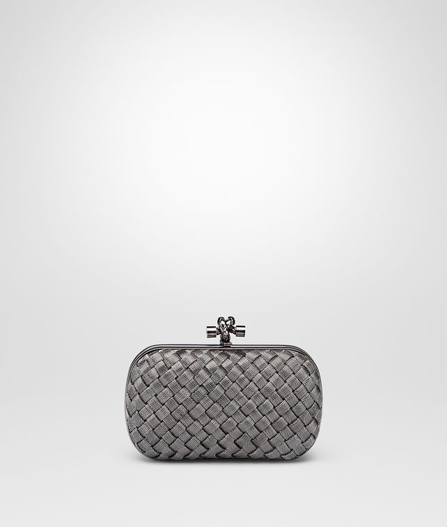 BOTTEGA VENETA KNOT IN SILVER INTRECCIO Clutch Woman fp