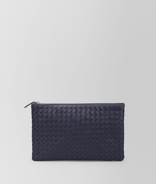 BOTTEGA VENETA MEDIUM DOCUMENT CASE IN TOURMALINE INTRECCIATO NAPPA Pouch and case E fp