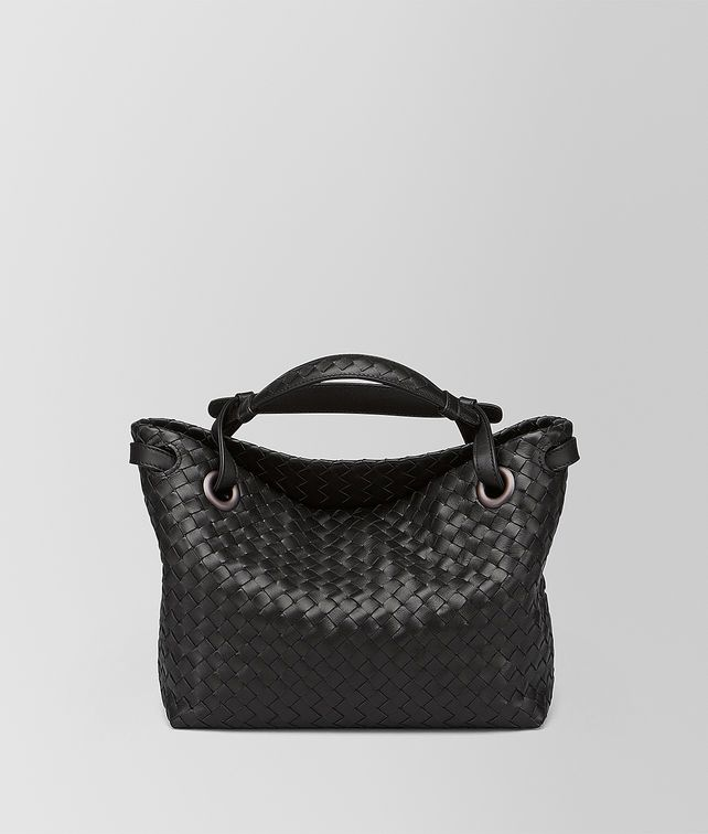 BOTTEGA VENETA BORSA GARDA PICCOLA IN INTRECCIATO NAPPA NERO Shoulder Bag [*** pickupInStoreShipping_info ***] fp