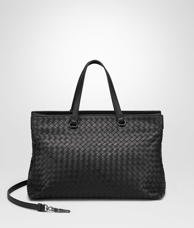 BOTTEGA VENETA LARGE TOP HANDLE BAG IN NERO INTRECCIATO NAPPA Top Handle Bag D fp