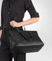 BOTTEGA VENETA LARGE TOP HANDLE BAG IN NERO INTRECCIATO NAPPA Top Handle Bag D lp