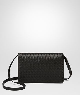 CLUTCH BAG IN NERO INTRECCIATO NAPPA