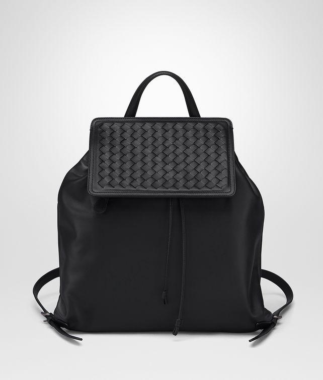 BOTTEGA VENETA BACKPACK IN NERO NAPPA, INTRECCIATO DETAIL Crossbody bag Woman fp