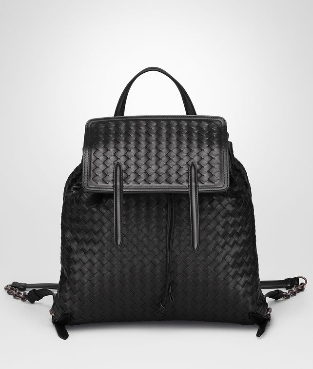 BOTTEGA VENETA BACKPACK IN NERO INTRECCIATO NAPPA Crossbody bag Woman fp
