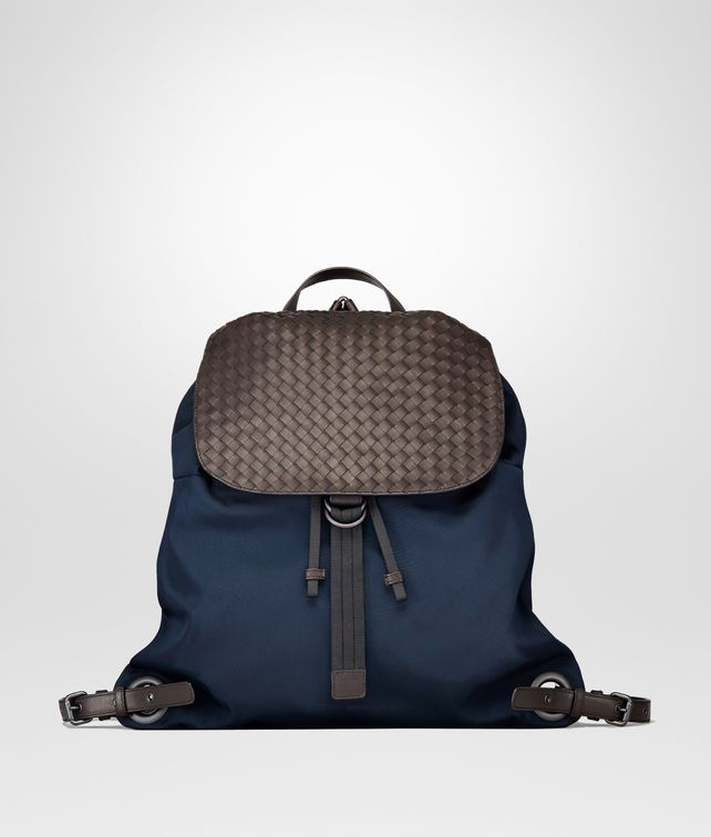 BOTTEGA VENETA BACKPACK IN TOURMALINE TECHNICAL CANVAS AND ESPRESSO INTRECCIATO CALF Backpack Man fp