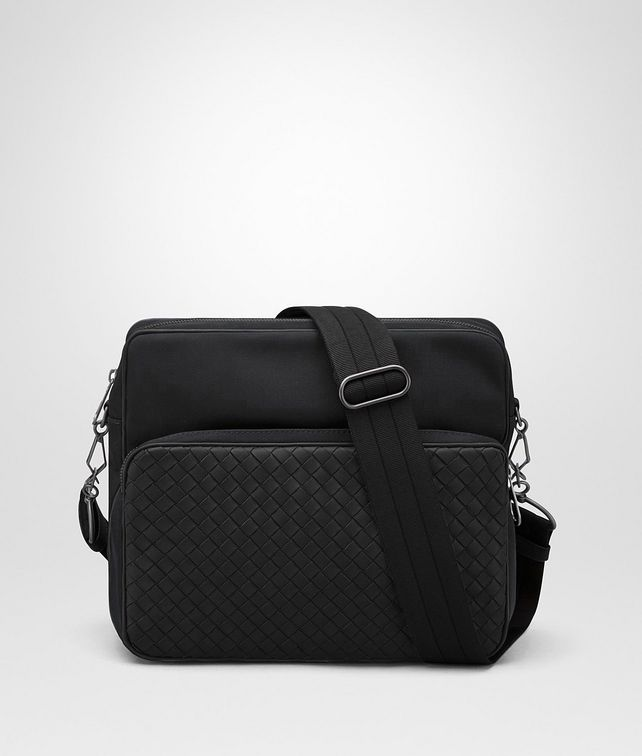 BOTTEGA VENETA NERO CANVAS MESSENGER BAG Messenger Bag [*** pickupInStoreShippingNotGuaranteed_info ***] fp