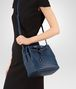 BOTTEGA VENETA BUCKET BAG IN PACIFIC INTRECCIATO NAPPA Crossbody bag D ap