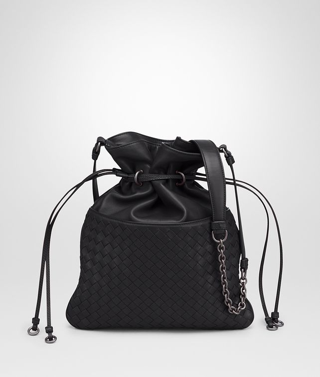BOTTEGA VENETA BUCKET BAG IN NERO INTRECCIATO NAPPA Crossbody bag D fp