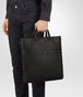 BOTTEGA VENETA TOTE BAG IN NERO INTRECCIATO VN Tote Bag Man ap