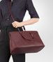 BOTTEGA VENETA BAROLO INTRECCIATO NAPPA LARGE TOP HANDLE BAG Top Handle Bag Woman lp