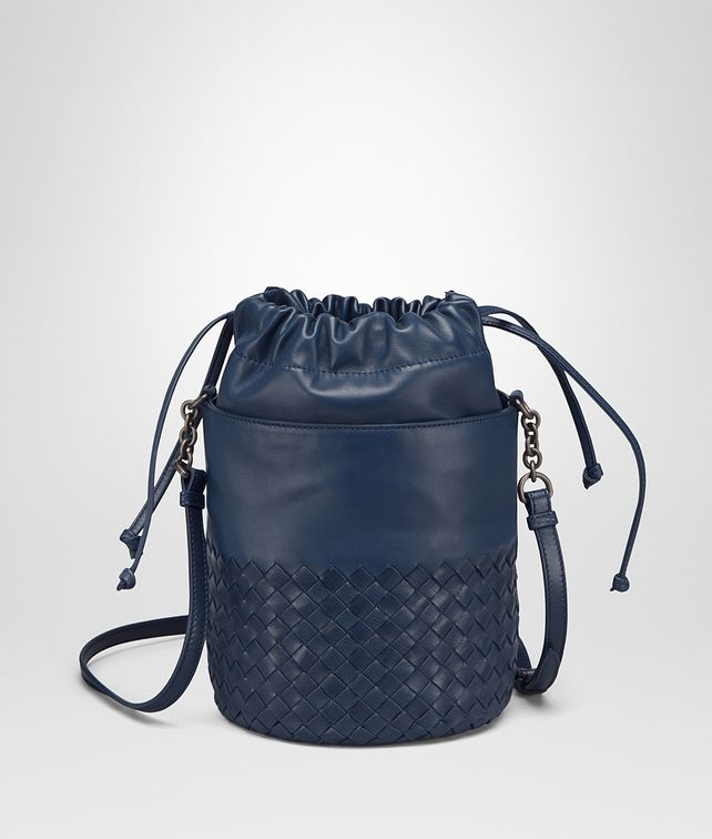 BOTTEGA VENETA BUCKET BAG IN PACIFIC INTRECCIATO CALF AND NAPPA Crossbody bag D fp