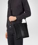 BOTTEGA VENETA MESSENGER BAG IN NERO INTRECCIO IMPERATORE CALF Messenger Bag Man ap