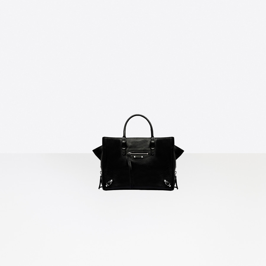 513957d0b9c BALENCIAGA Papier A6 Zip Around Papier ZA Handbag Woman f ...