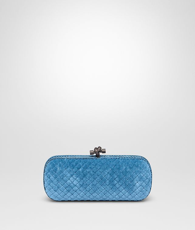 BOTTEGA VENETA STRETCH KNOT IN PEACOCK EMBROIDERED VELVET WITH AYERS DETAILS Clutch D fp