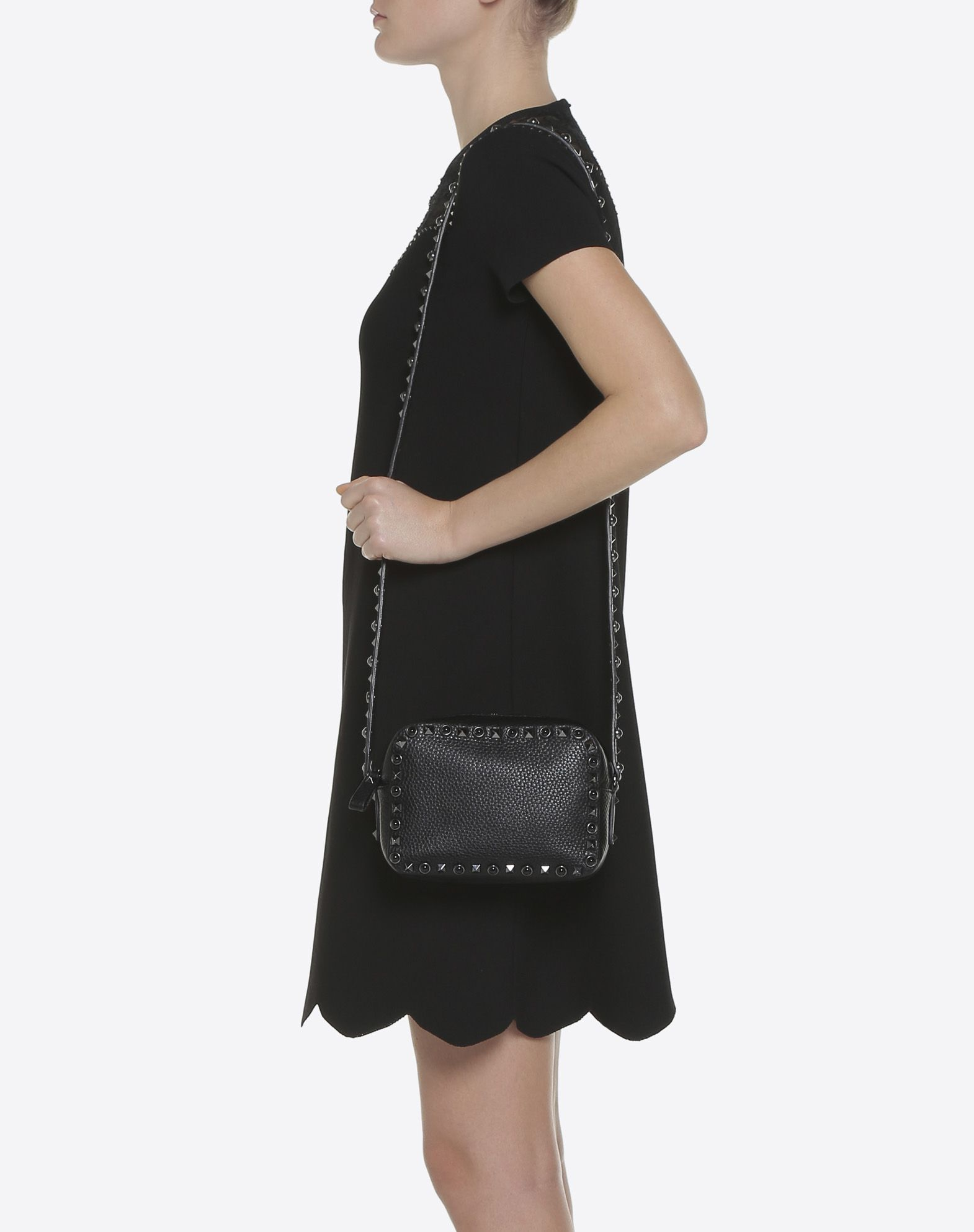 VALENTINO GARAVANI Rockstud Rolling Noir Cross Body Bag CROSS BODY BAG D a
