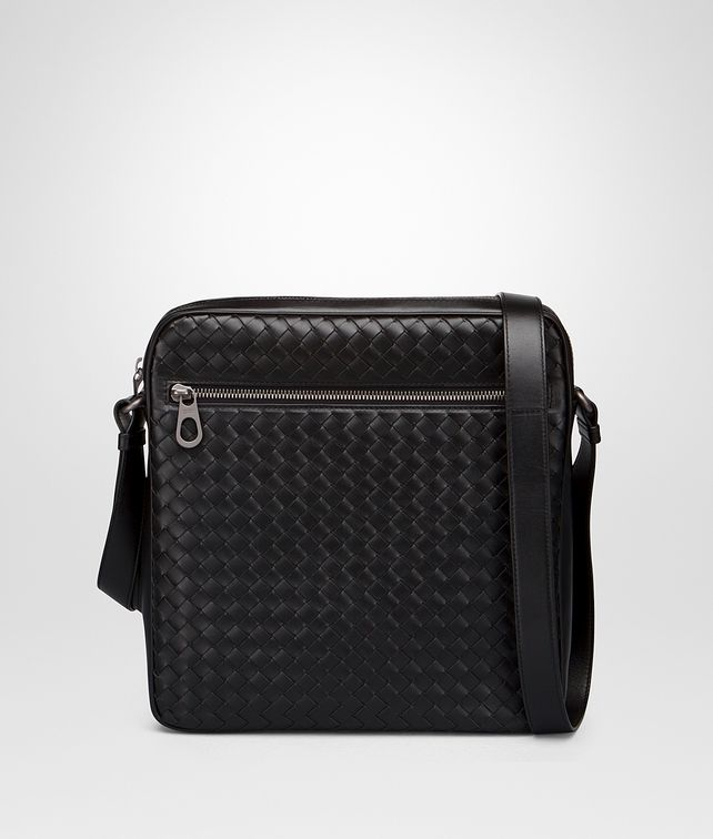 BOTTEGA VENETA MESSENGER BAG IN NERO INTRECCIATO VN Messenger Bag Man fp