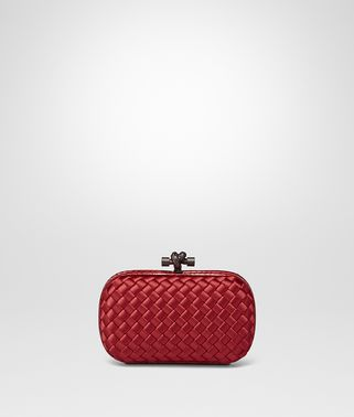 KNOT CLUTCH AUS INTRECCIO IMPERO IN CHINA RED MIT AYERS-DETAILS