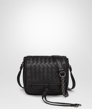 SHOULDER BAG IN NERO INTRECCIATO NAPPA