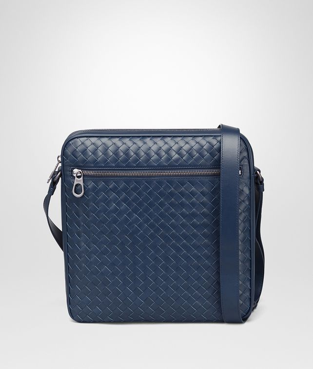 BOTTEGA VENETA MESSENGER BAG IN PACIFIC INTRECCIATO VN Messenger Bag Man fp