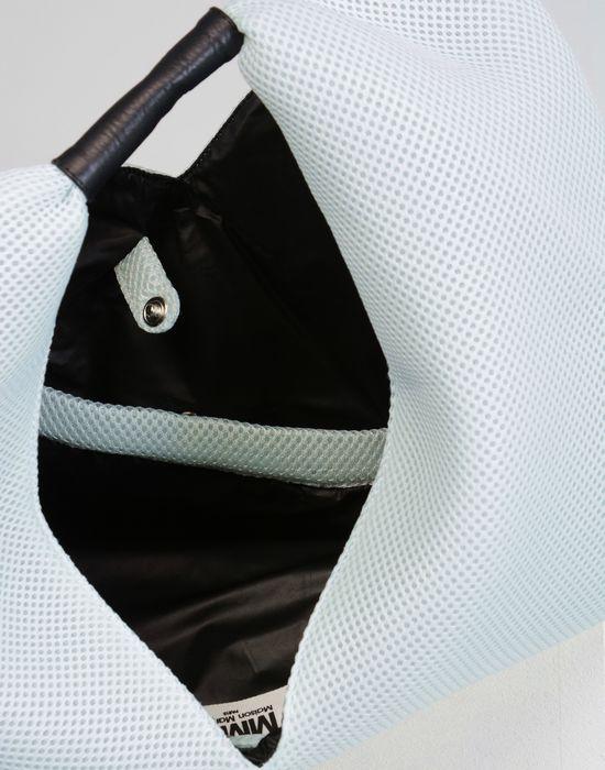 maison margiela sac japonais avec effet perfor femme store officiel. Black Bedroom Furniture Sets. Home Design Ideas