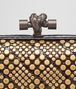BOTTEGA VENETA KNOT IN NERO AYERS, METAL STUDS DETAILS Clutch Woman ep