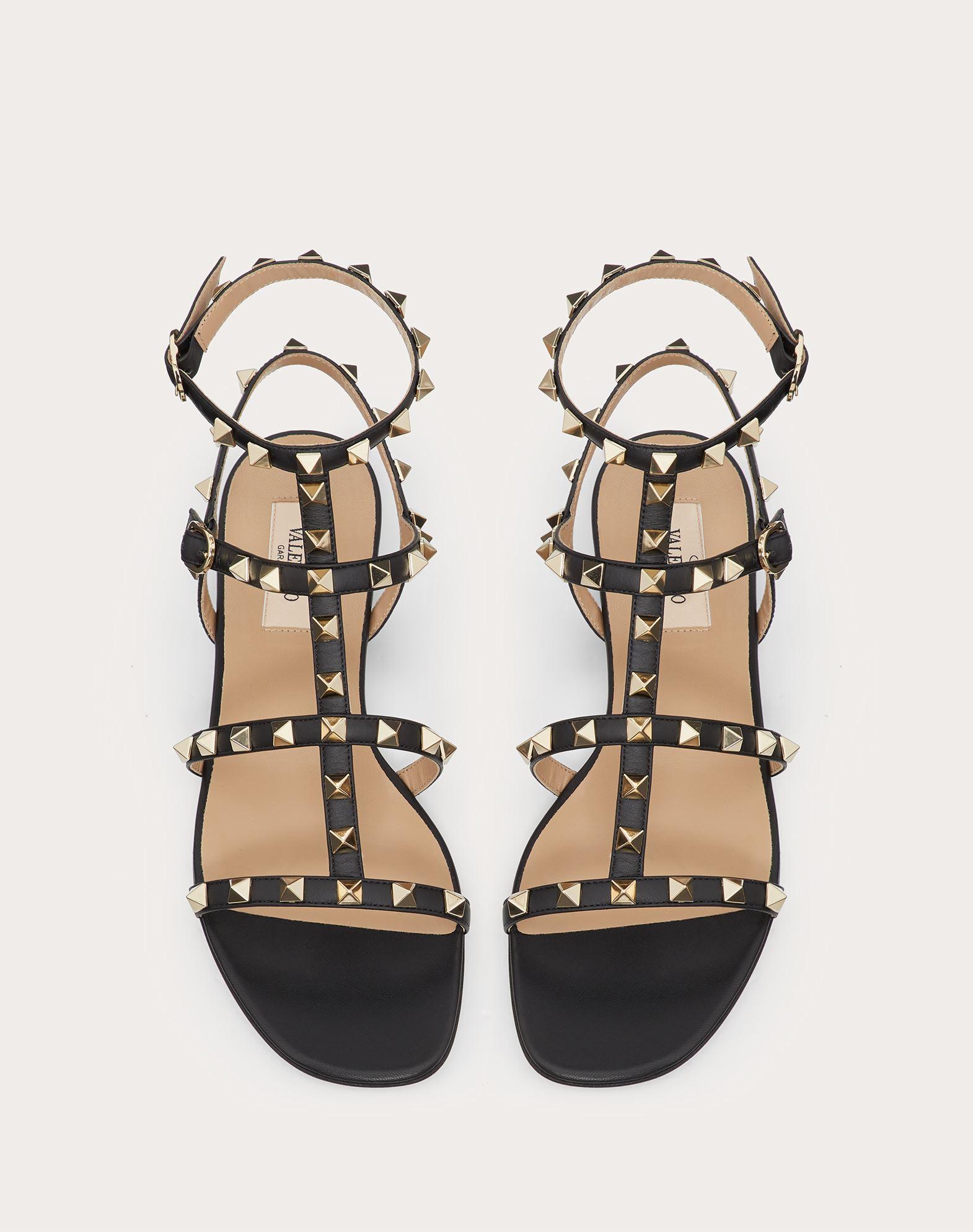 VALENTINO GARAVANI Rockstud Sandal FLAT SANDALS D e