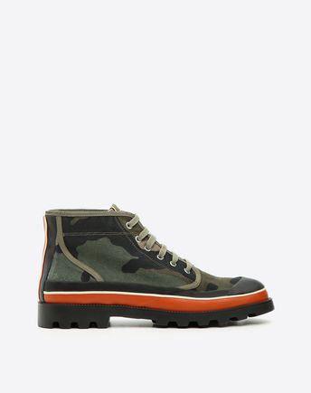 VALENTINO Id Camouflage High-Top Sneaker 45335298FC