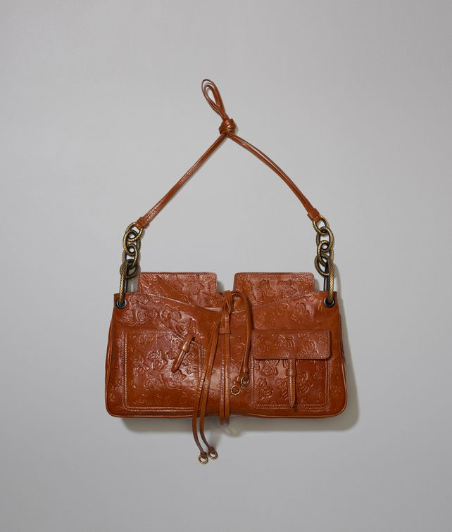 BOTTEGA VENETA SETTANTUNO BAG IN CALVADOS GOAT, EMBOSSED BUTTERFLIES DETAILS Shoulder or hobo bag D fp