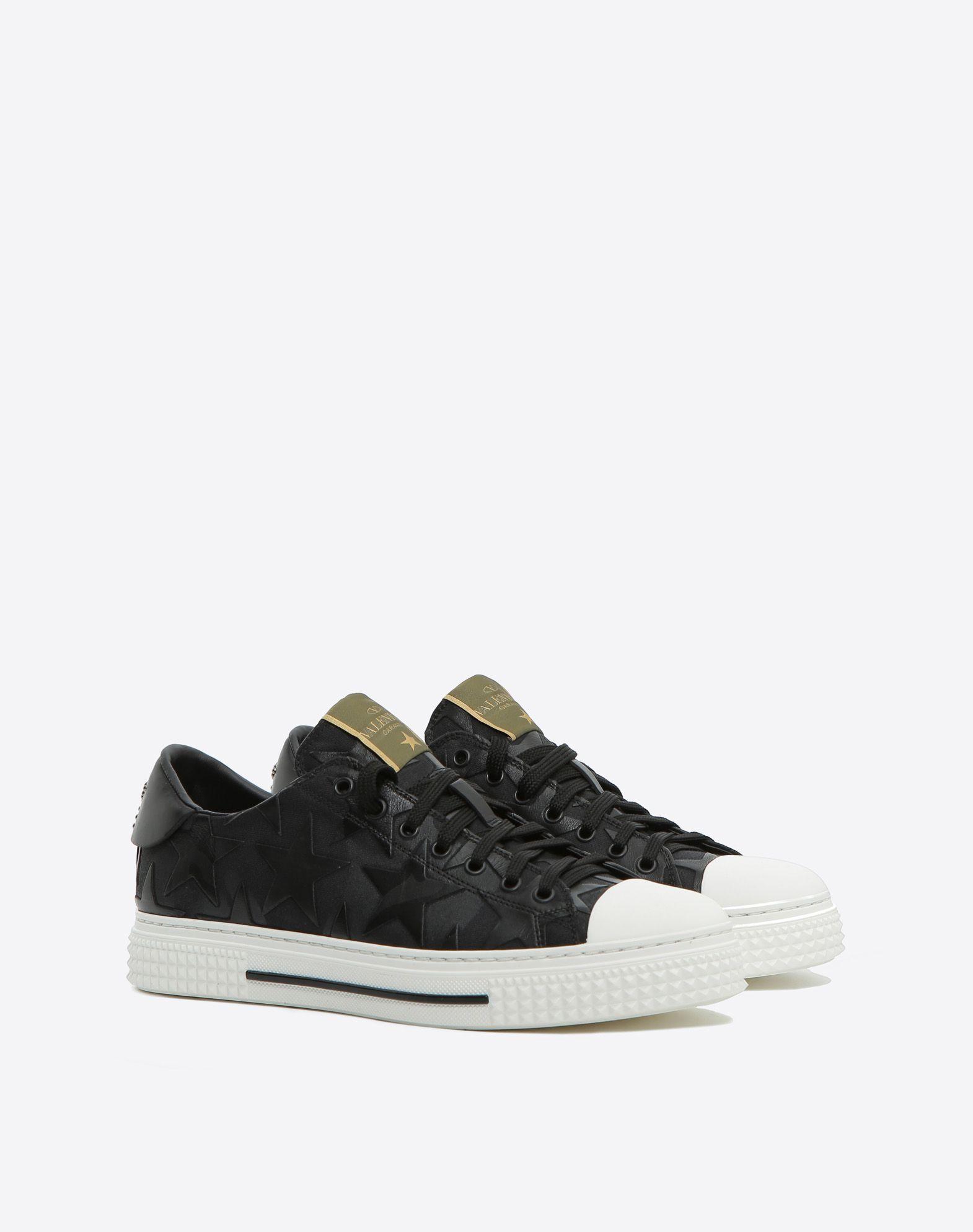 Valentino Black Suede One Star Skate Sneakers kUmlSbttbS