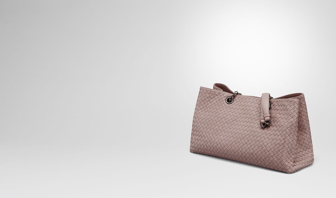 a913596ab549 large tote bag in desert rose intrecciato nappa landing. BOTTEGA VENETA ...