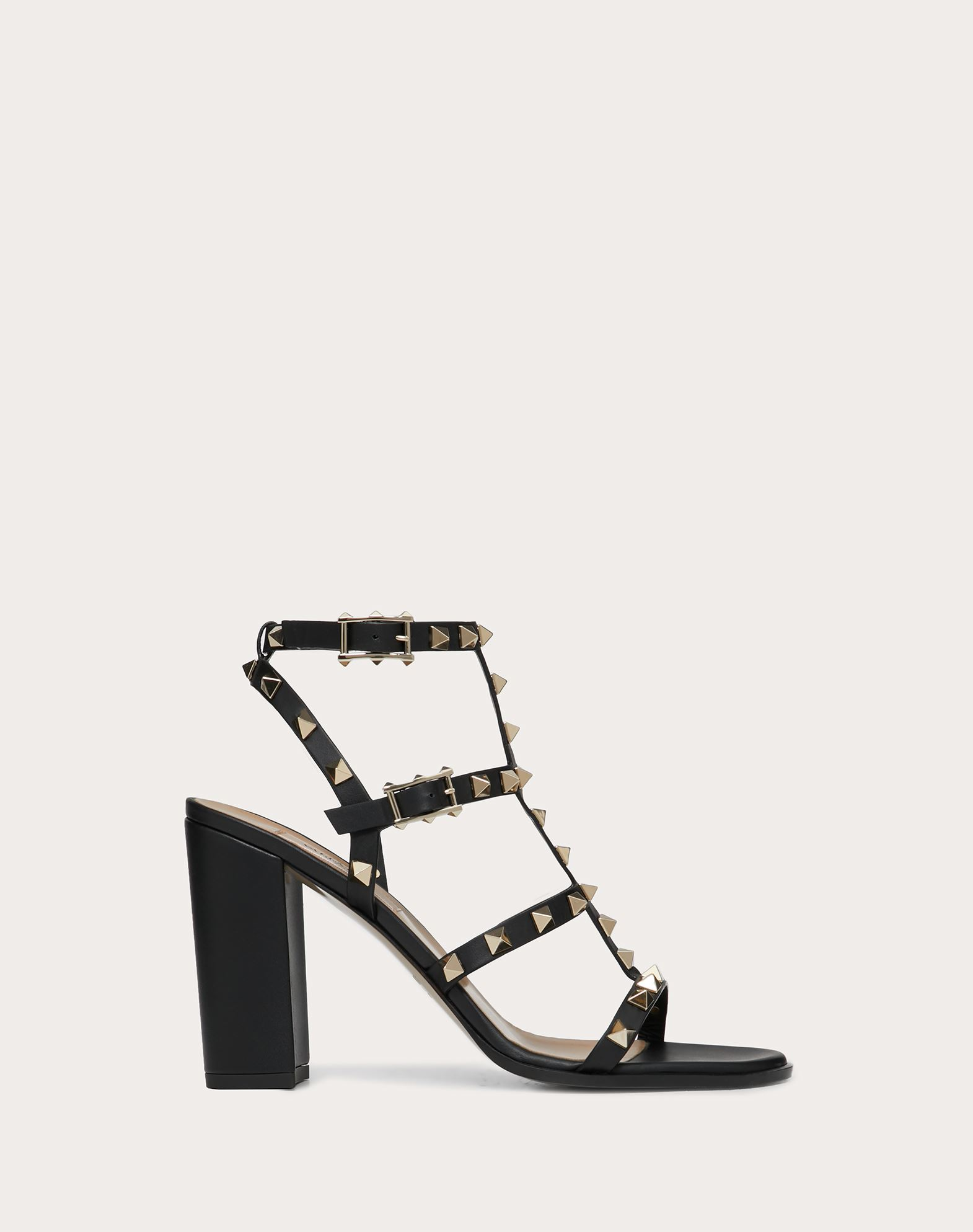 Spike Rockstud Sandals in Black and White Calfskin Valentino PIPFoW