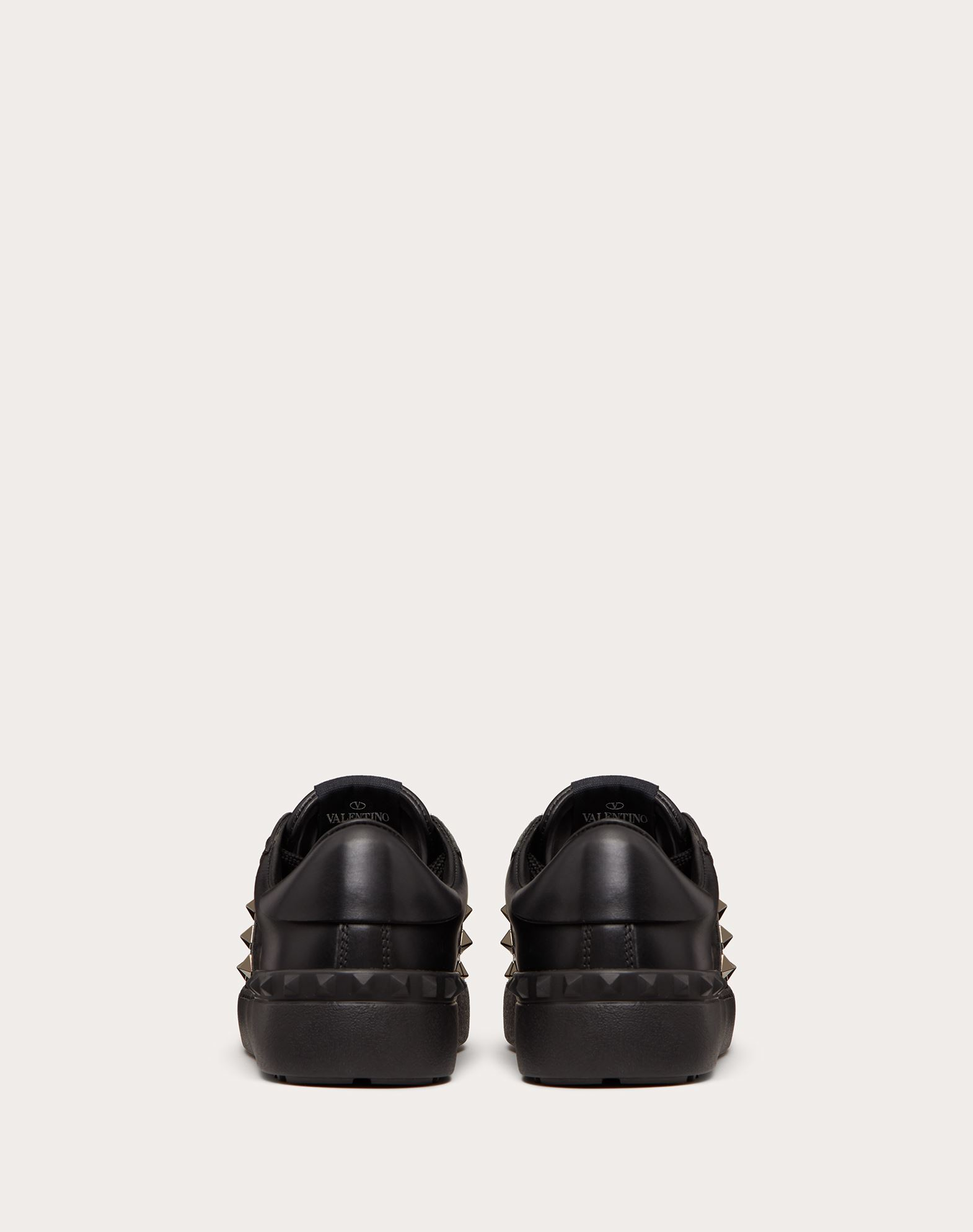 VALENTINO GARAVANI Rockstud Untitled Noir Sneaker LOW-TOP SNEAKERS D d