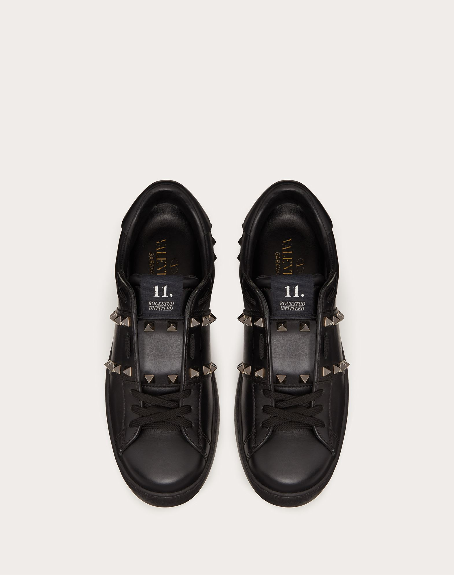 VALENTINO GARAVANI Rockstud Untitled Noir Sneaker LOW-TOP SNEAKERS D e
