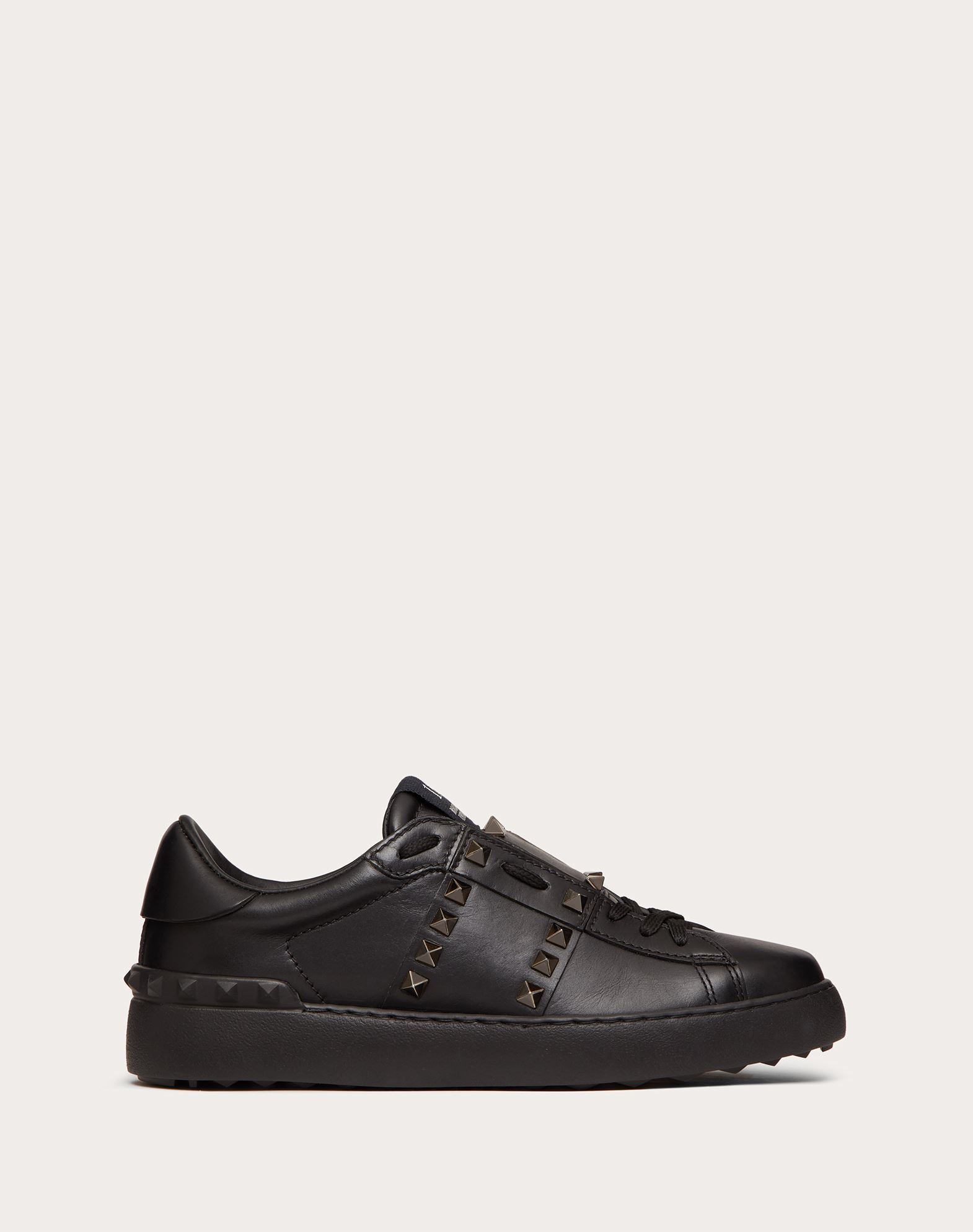 VALENTINO GARAVANI Rockstud Untitled Noir Sneaker LOW-TOP SNEAKERS D f