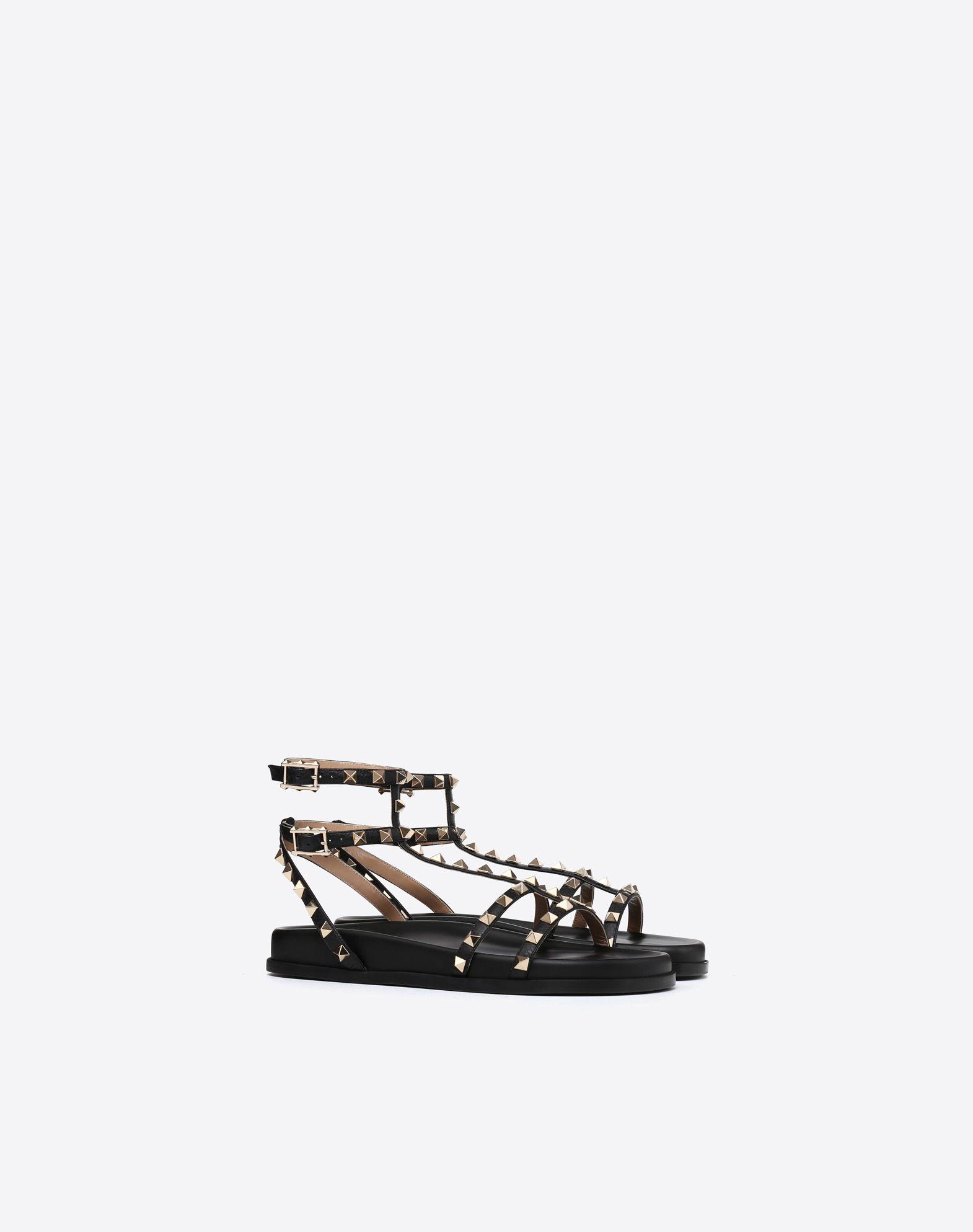 VALENTINO GARAVANI Rockstud Low Sandal Sandal D r