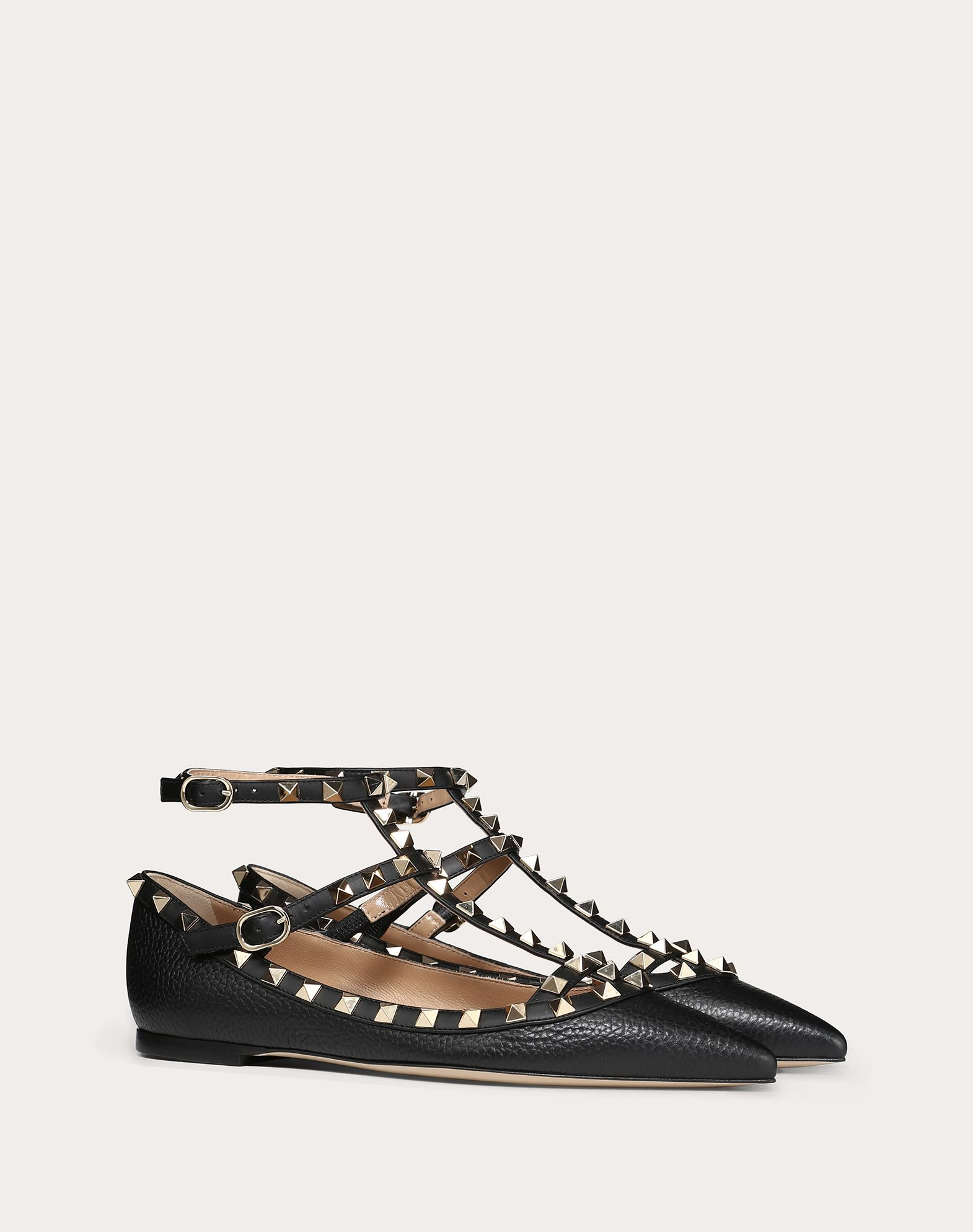 VALENTINO Contrasting applications Textured leather Narrow toeline Leather sole Buckle  45351908hh