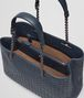 BOTTEGA VENETA BORSA SHOPPING MEDIA IN INTRECCIATO NAPPA DENIM Borsa Shopping D dp