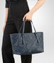 BOTTEGA VENETA MEDIUM TOTE BAG IN DENIM INTRECCIATO NAPPA LEATHER, EMBROIDERED DETAILS Tote Bag D lp