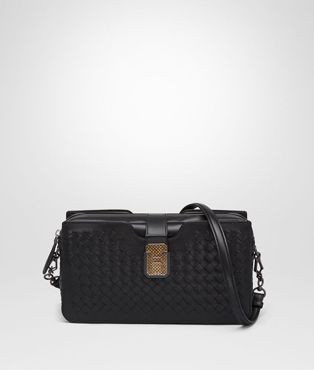 BOTTEGA VENETA MEDIUM CLUTCH BAG IN NERO INTRECCIATO NAPPA LEATHER Borsa a Tracolla Donna fp