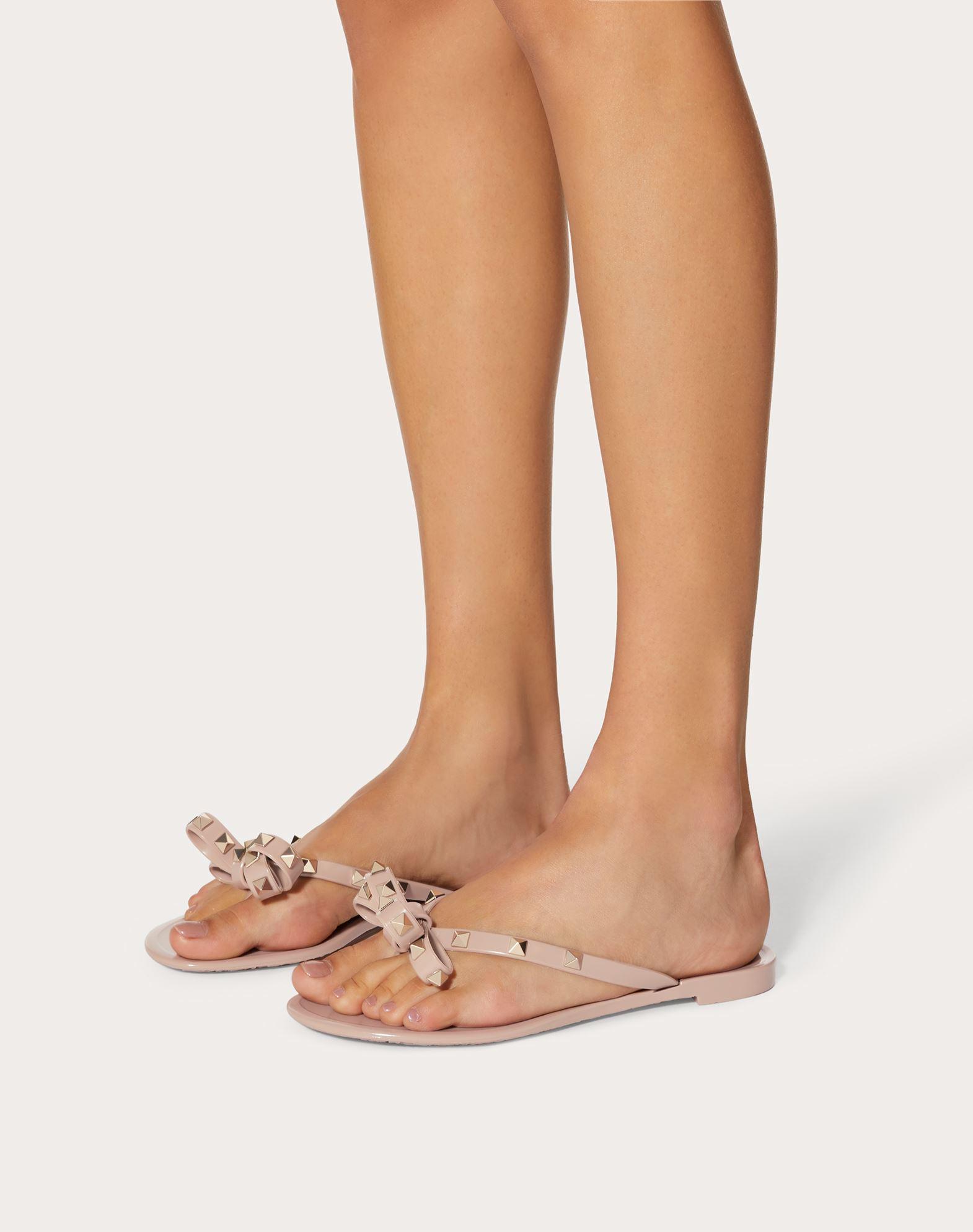 Valentino Sandals - Rockstud PVC Flip Flop Poudre - - Sandals for ladies Cheap Sale 100% Guaranteed Deals For Sale Shop For Cheap Price Fake Sale Online sJAbF41