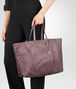 BOTTEGA VENETA LARGE TOTE BAG IN GLICINE INTRECCIOLUSION Top Handle Bag Woman ap