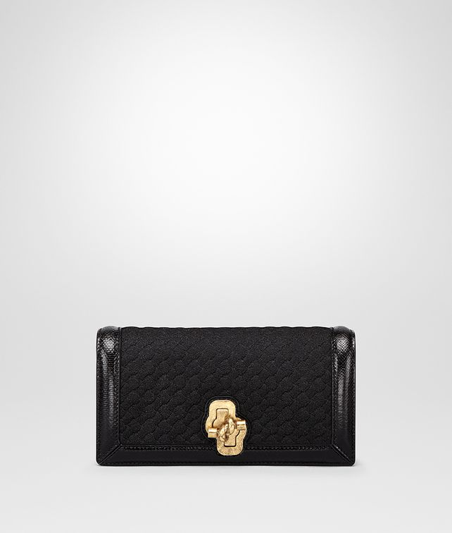 BOTTEGA VENETA KNOT CLUTCH AUS INTRECCIATO STRICK IN NERO Clutch Damen fp