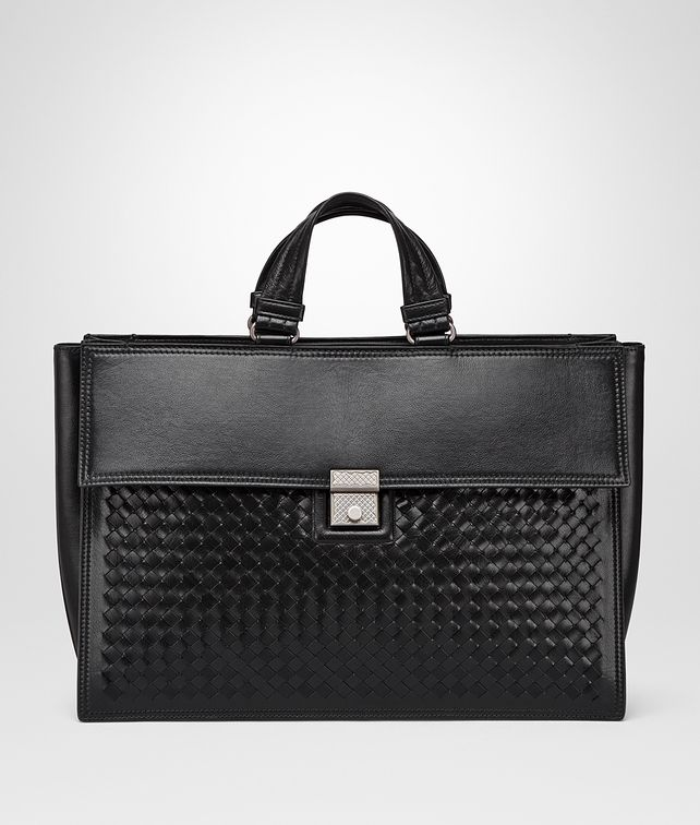 BOTTEGA VENETA NERO INTRECCIATO CALF TOTE Tote Bag [*** pickupInStoreShippingNotGuaranteed_info ***] fp